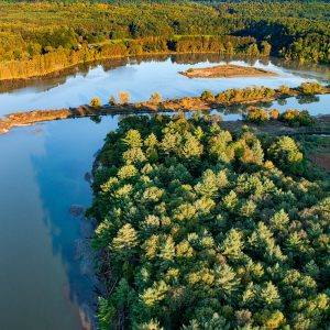 Quttaquechee-river-deweys-pond